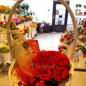 Aranžmani za slave – 006 Korpa sa ružama