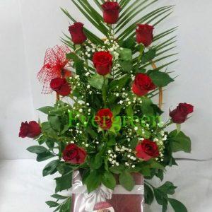 Aranžmani za zaljubljene – 002 Korpa sa crvenim ruzama