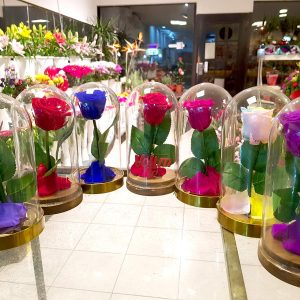 Aranžmani za zaljubljene – 004 Večna ruža