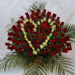 Korpa 101 ruža – 003 101 ruža u obliku srca