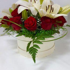 Aranžmani u kutiji – Flower Box – 016 Crvene ruže u kutiji