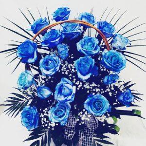 Aranžmani za rođenja – 003 – plave ruže u korpi
