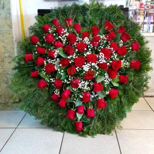 Venac – 009 Venac od ruža u obliku srca