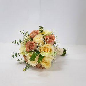 Bidermajer – 021 Bidermajer od ruža sa eukaliptusom