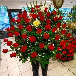 Korpa 71 ruža – 015 broj ruža 71