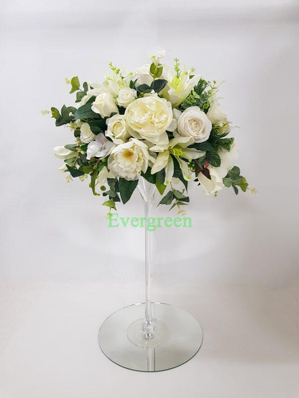 Veštački cvetni aranžmani za svadu za iznajmljivanje 016