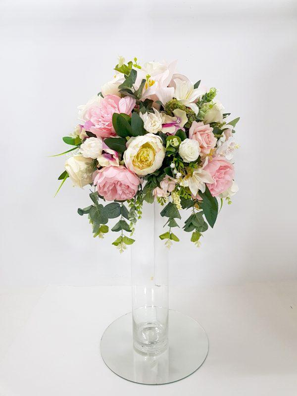 Veštački cvetni aranžmani za svadu za iznajmljivanje 005
