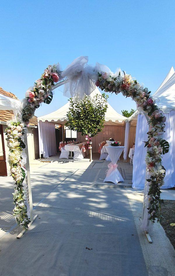 Veštački cvetni aranžmani za svadu za iznajmljivanje 014